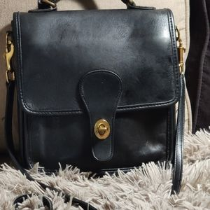 Coach** vintage black leather crossbody no. 5130